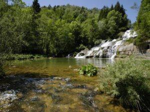 Wasserfälle bei der Nozon-Schlucht im Genferseegebiet ~ Foto: C. Jaccard / vaud-photos.ch